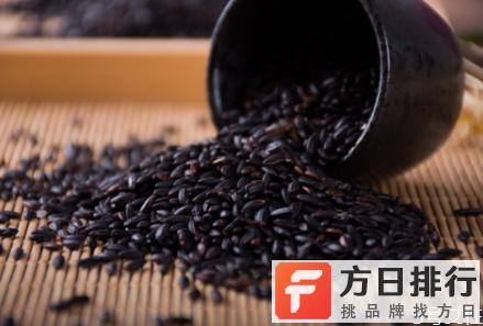 黑糯米怎么做好吃 黑糯米和血糯米一样吗