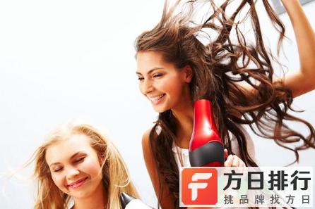 头发缠在吹风机里使用的话会坏吗 吹风机后面卷进头发还能用吗