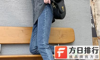 为什么牛仔裤会洗的一块白 黑牛仔裤发白怎么处理恢复