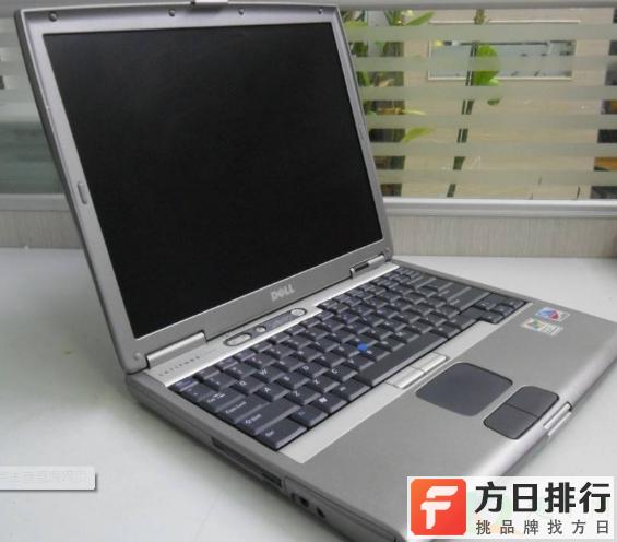 怎么解决电脑显示屏进灰问题 笔记本电脑进灰了会怎么样