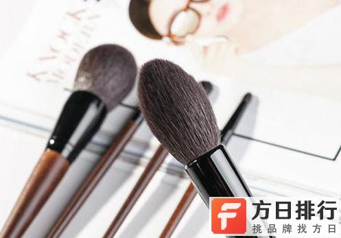 化妆刷的清洗与保养 化妆刷分叉怎么还原