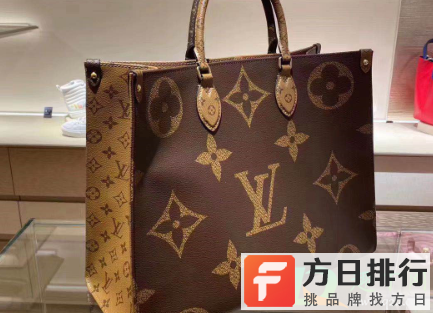 lv专柜买包为什么要登记信息 lv专柜买包有赠品吗