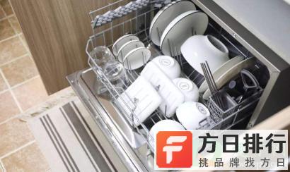 洗碗机和手洗哪个好 自动洗碗机用水多吗