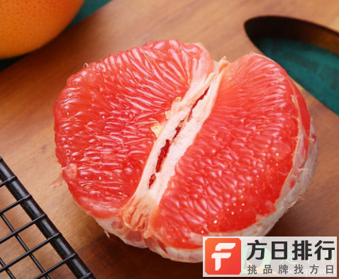 柚子皮皱了是什么原因 柚子皮皱皱的是怎么回事