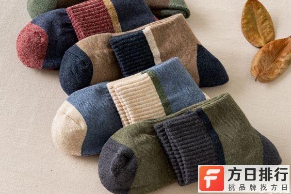 冬天袜子怎么外穿 冬天穿什么袜子保暖