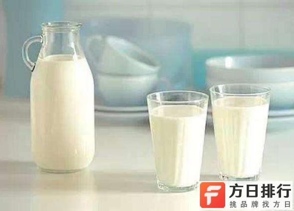 现挤的鲜牛奶能冷冻吗 鲜牛奶可以冷冻保存吗
