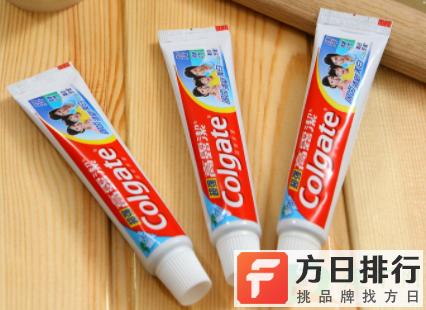 牙膏封口处的色条有何意义 牙膏上的条纹颜色代表什么