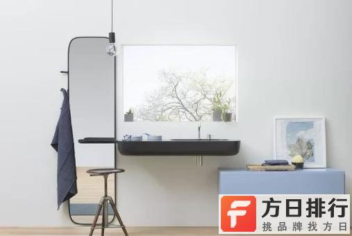 全身镜子放在家里什么位置最好 全身镜子放在进门的两边可以吗