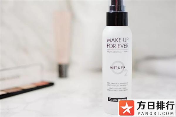 定妆喷雾和散粉的使用顺序 定妆喷雾和散粉可以一起用吗