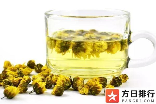 菊花茶最好现泡现喝 菊花茶是绿色的正常吗