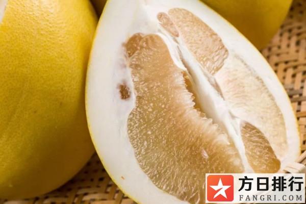 柚子皮泡水喝的好处 柚子皮怎么腌制
