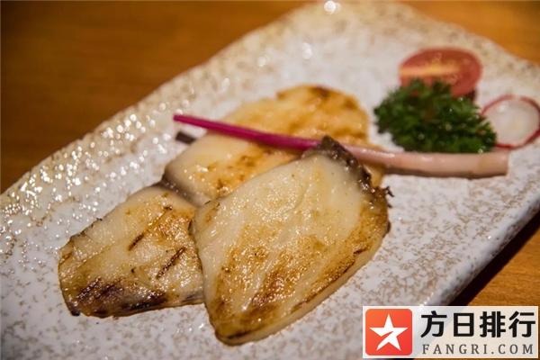 鳕鱼煮熟后是什么样的 鳕鱼煮熟后怎么像果冻一样