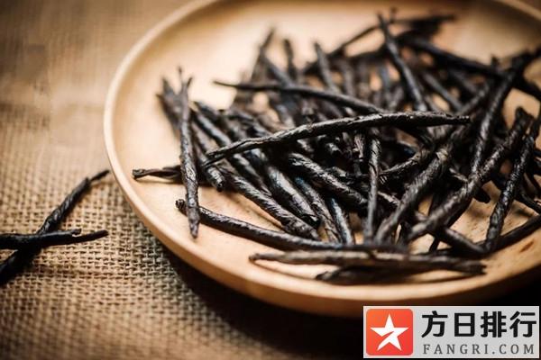 苦丁茶能和金银花一起泡水喝吗 苦丁茶能和西洋参一起泡水喝吗
