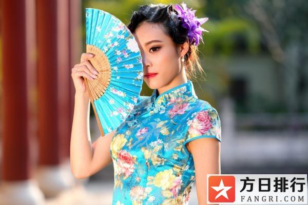 旗袍配什么样的发型最好看 旗袍式样来自哪个民族