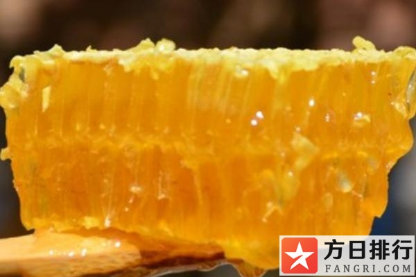 蜂巢蜜怎么吃效果好 蜂巢蜜的作用与功效