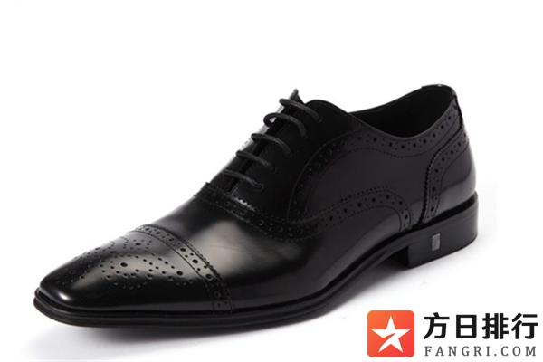 皮鞋臭脚是什么原因 皮鞋有臭味怎么处理