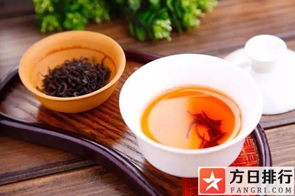 乌龙茶是红茶吗 乌龙茶适合秋天喝吗