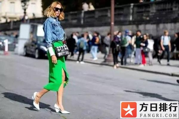 尖头鞋搭配裙子的技巧 尖头鞋搭配什么裙子好看