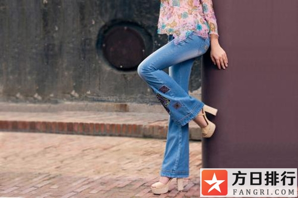 牛仔裤有弹性和没弹性哪个好 牛仔裤没有弹性好不好