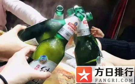 啤酒对瓶吹怎么喝的快 啤酒对瓶吹为什么容易醉