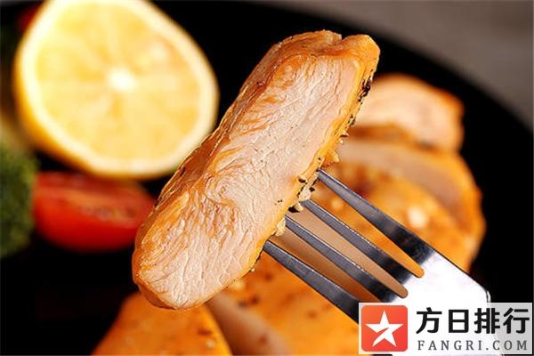 鸡胸肉腥味重什么原因 鸡胸肉有一股腥臭味正常吗