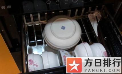 消毒柜放什么材质餐具 碗筷一直放消毒柜有什么影响没